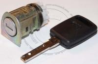 Личинка замка передней левой водительской двери Audi A6L / Ауди А6Л в комплекте с ключом зажигания