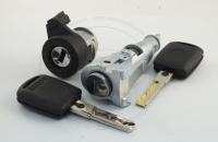 Комплект личинок Skoda Octavia Tour (A4 / Mk1 / 1U2) 2000-2011 на 2 замка: зажигание, водительская дверь + ключ зажигания (лезвие HU66)