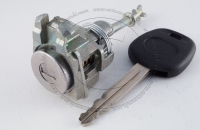 Личинка замка передней левой водительской двери Toyota Camry 2001-2006 (XV30) в комплекте с ключом зажигания (лезвие TOY43)
