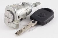 Личинка замка передней правой пассажирской двери Volkswagen Bora 1999-2005 (A4 / Mk4 / 1J) в комплекте с ключом зажигания (лезвие HU66)