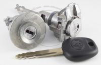 Комплект личинок Toyota Avensis 2003-2010 (T250) на 2 замка: зажигание, водительская дверь + ключ зажигания (лезвие TOY47)