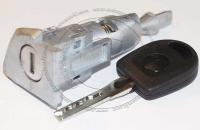 Личинка замка передней левой водительской двери Volkswagen Golf VI (Mk6) в комплекте с ключом зажигания